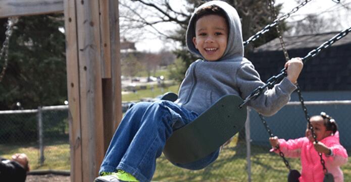 best outdoor toddler swing