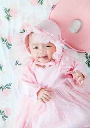 the baby wear to bed