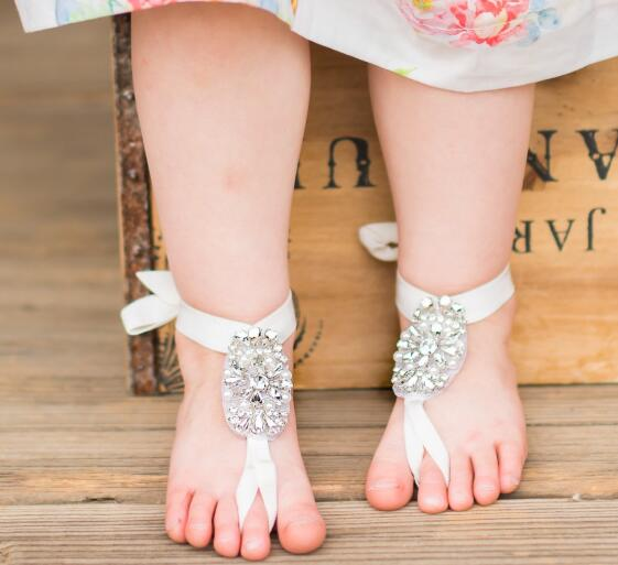 is baby barefoot good for health