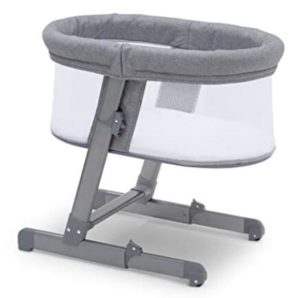 baby bassinet with canopy